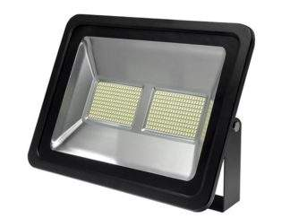 OPTONICA FL5449 200 WATT LED FLOOD LIGHT